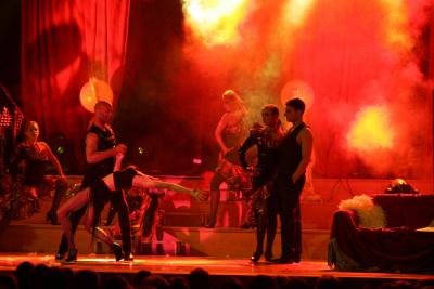 A09-Tango-Roxanne-3