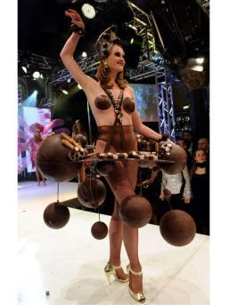 LambertzParty2012_ChocolateGirls_1