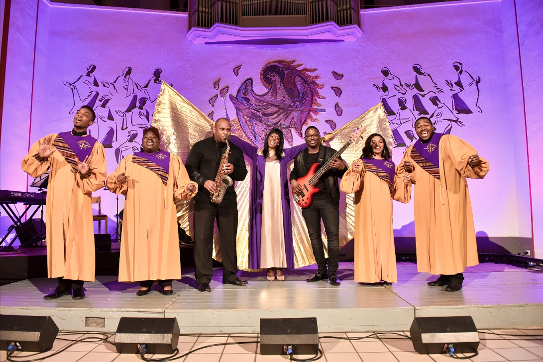 BGA16_BlackGospelAngels_08_ensemble