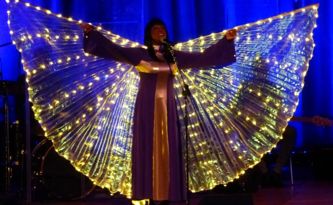 BGA20_Black_Gospel_Angels-006_c_Folkert-Frels_RoseWatson-LeuchtenderEngel